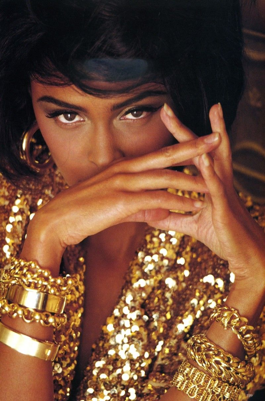 Lana Ogilvie { & gold jewelry }