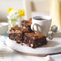 Pecan mocha brownies with Starbucks VIA™