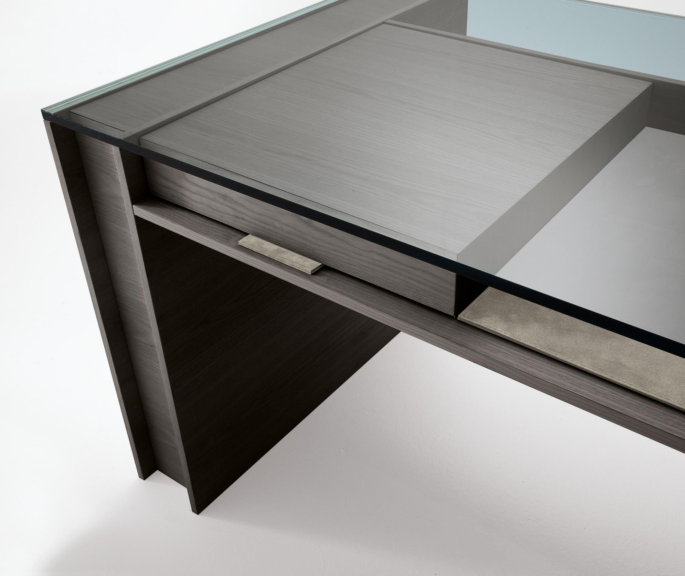 Executive Desk With Structure And Drawers In Natural Ash Tobacco