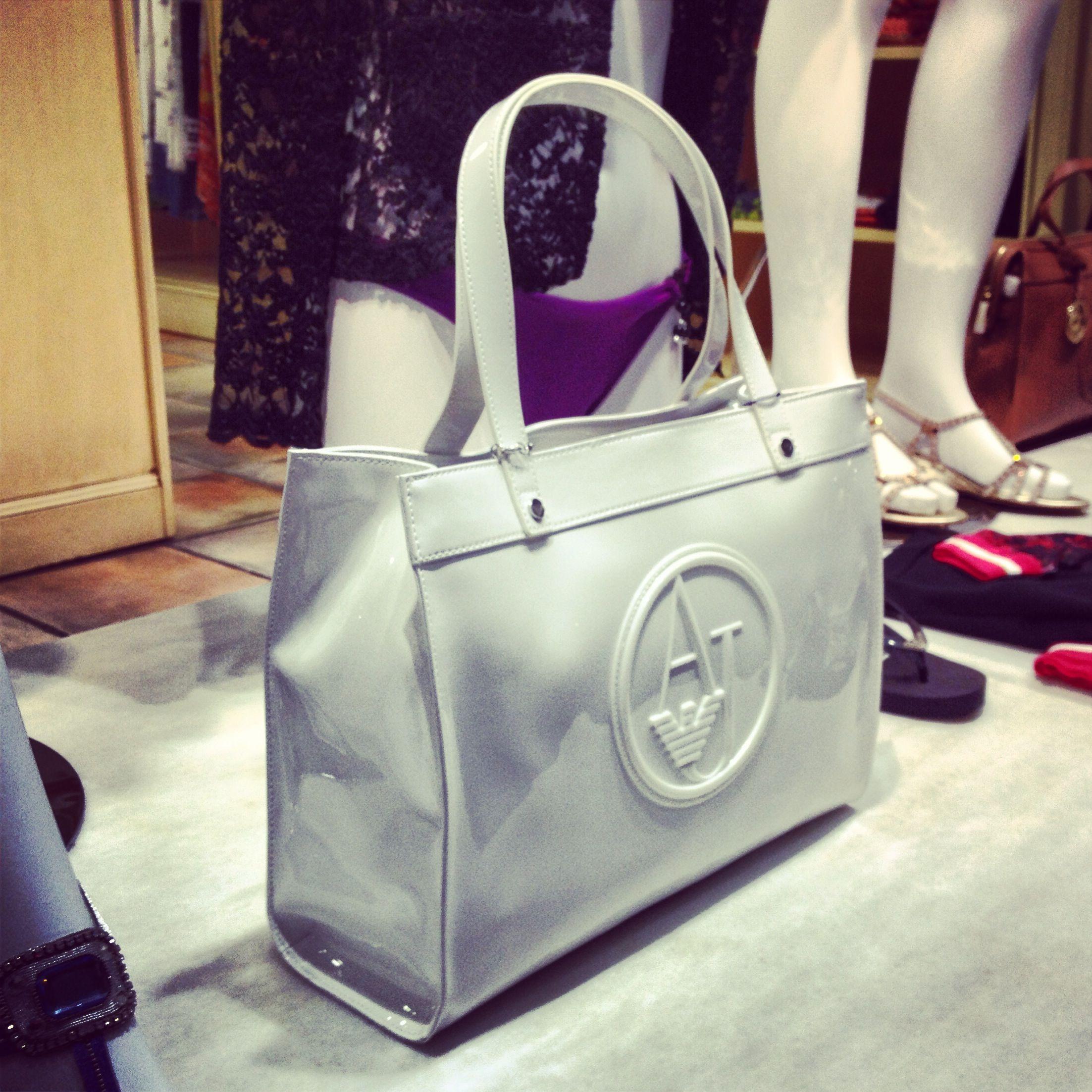 Bolso blanco de Armani Jeans PAU  Tienda de ropa en Calpe y Altea www. 72ceb34d9b31c
