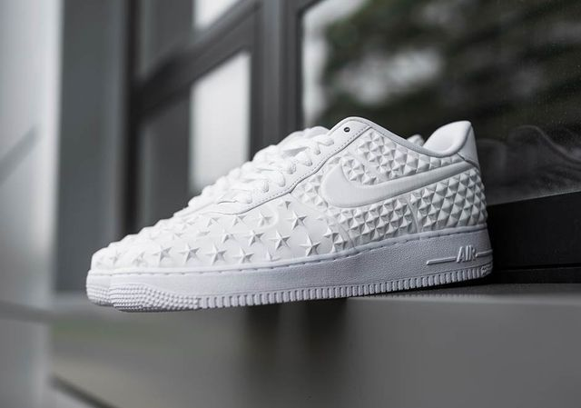 on sale 0f3cc bbc64 NIKE AIR FORCE 1 LOW LV8 VT INDEPENDENCE DAY WHITE 789104 100  160
