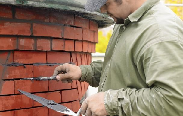 How To Repair Mortar In A Brick Wall Brick Repair Brick Brick Wall