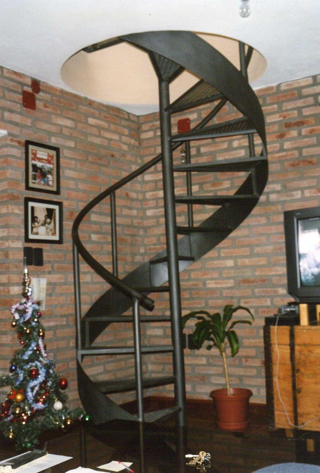De metal en caracol escaleras pinterest escalera for Construccion de escaleras de hierro