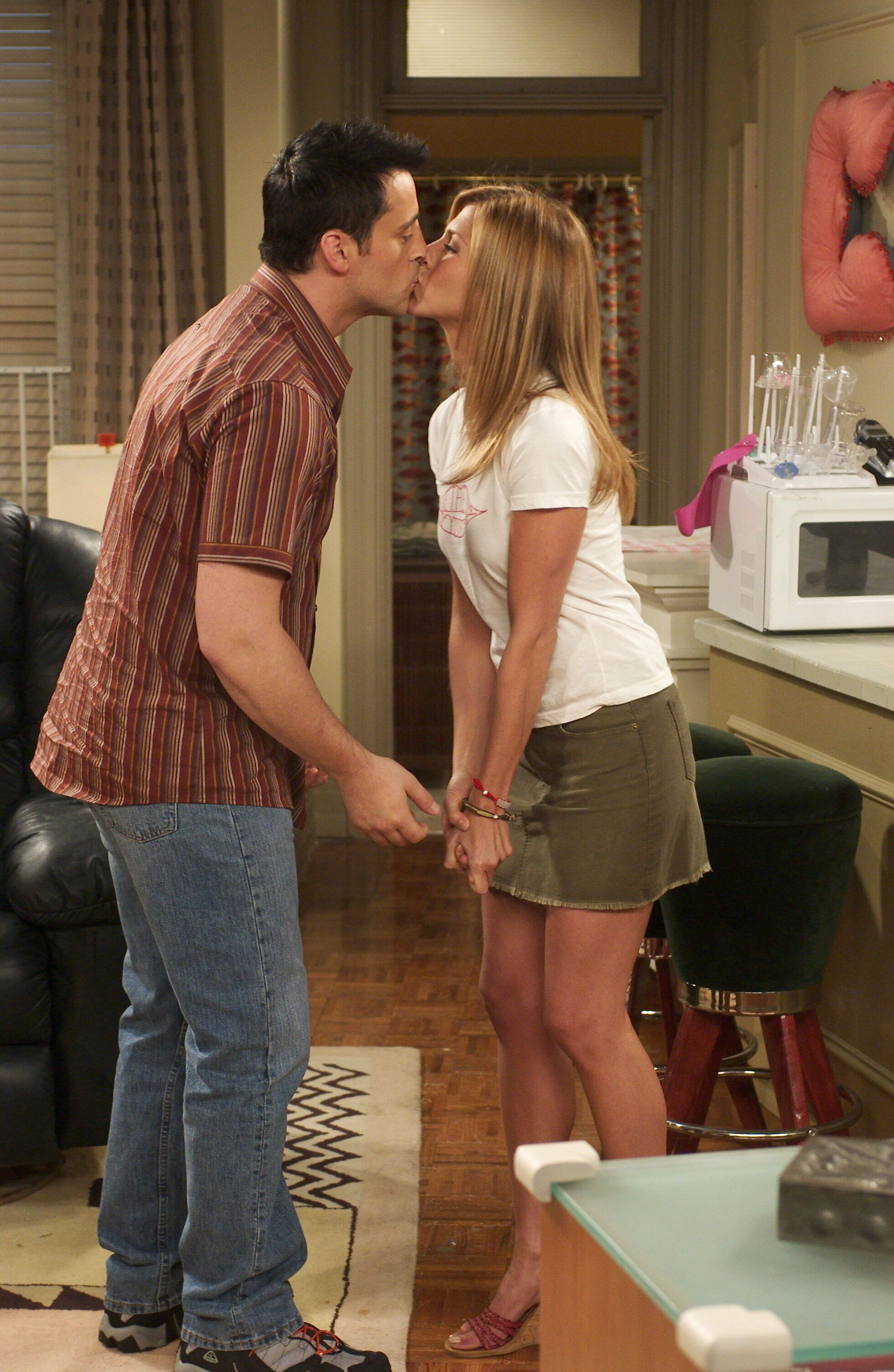 Friends Episode Stills Season 10 Episode 1 The One After