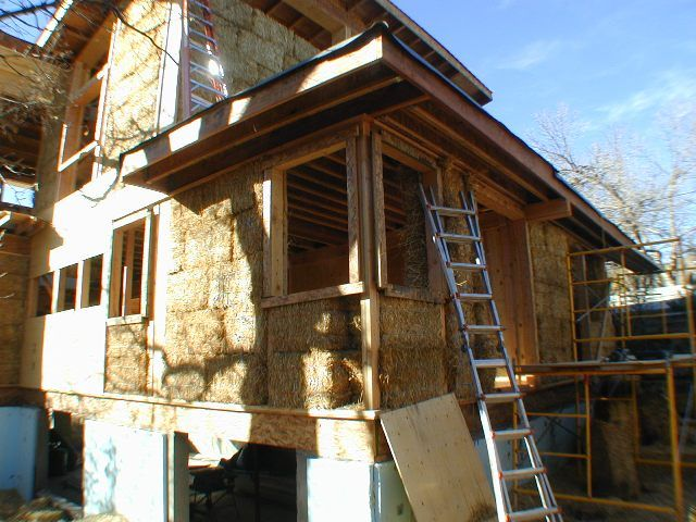 Straw Bale Homes | Temperate Climate Permaculture: Straw Bale Homes on hay bale homes plans, straw bale prices, straw homes design, straw building, straw bale homes,
