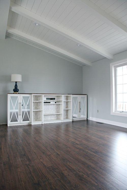 61 one room challenge week 2 iheart living room floor cotton valley oak floating laminate for Laminate flooring for living room