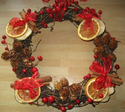 fruit & cinnamon wreath