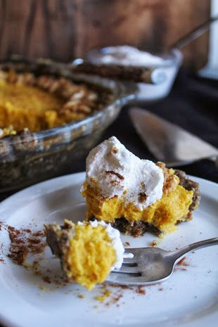 This Rawsome Vegan Life: RAW VEGAN PUMPKIN PIE with WHIPPED COCONUT CREAM