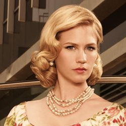 50's housewife hair mad men