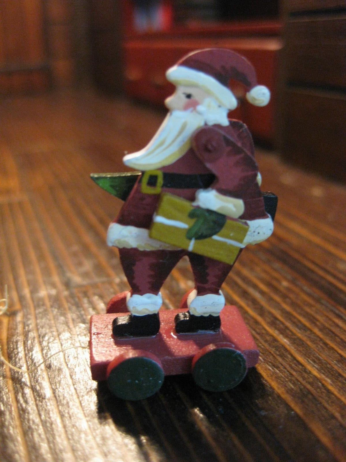 Dollhouse Miniature Artisan Karen Markland Christmas Santa Pull Toy