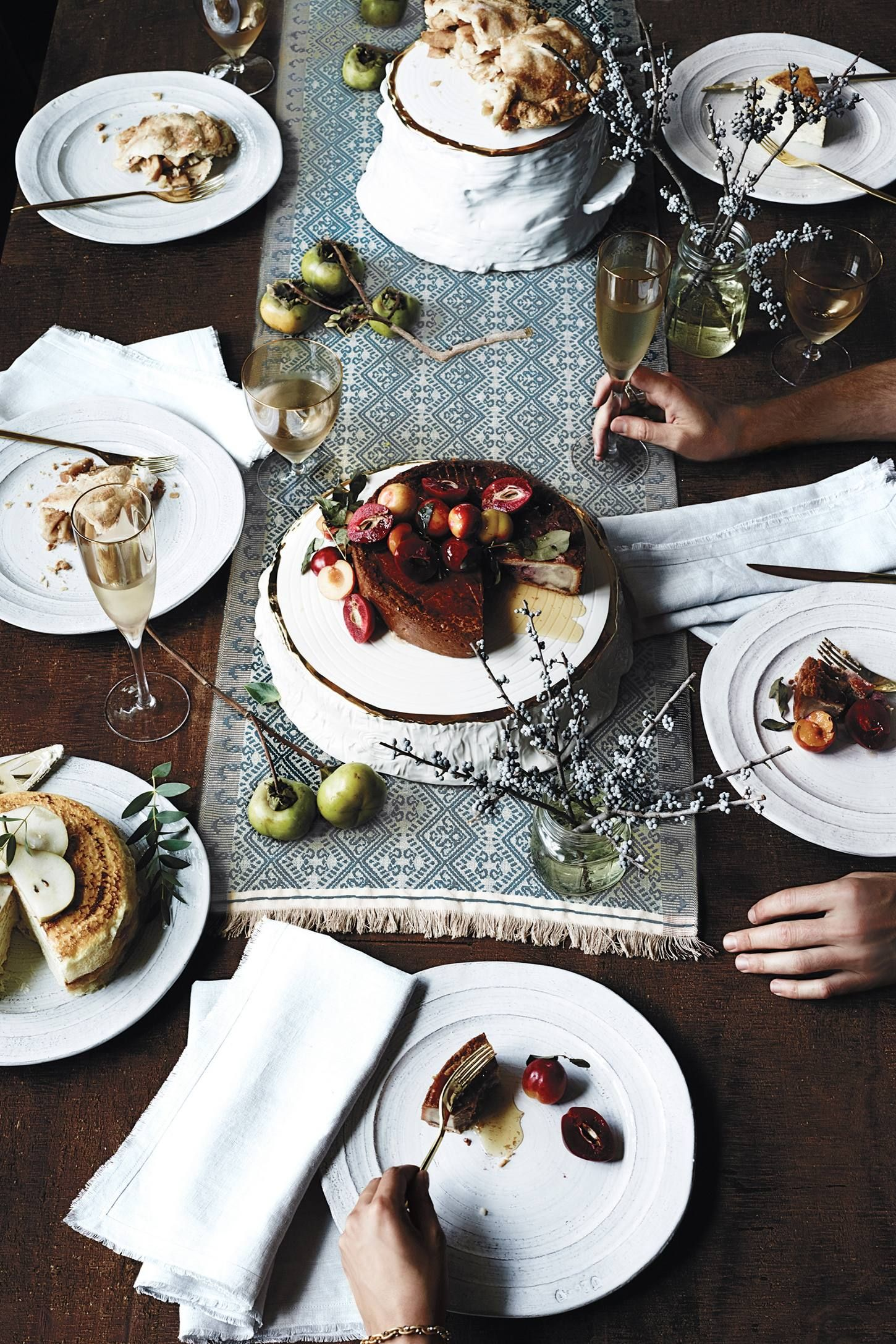 Glenna Dinner Plate   Winter//Christmas in 2019   Dinner