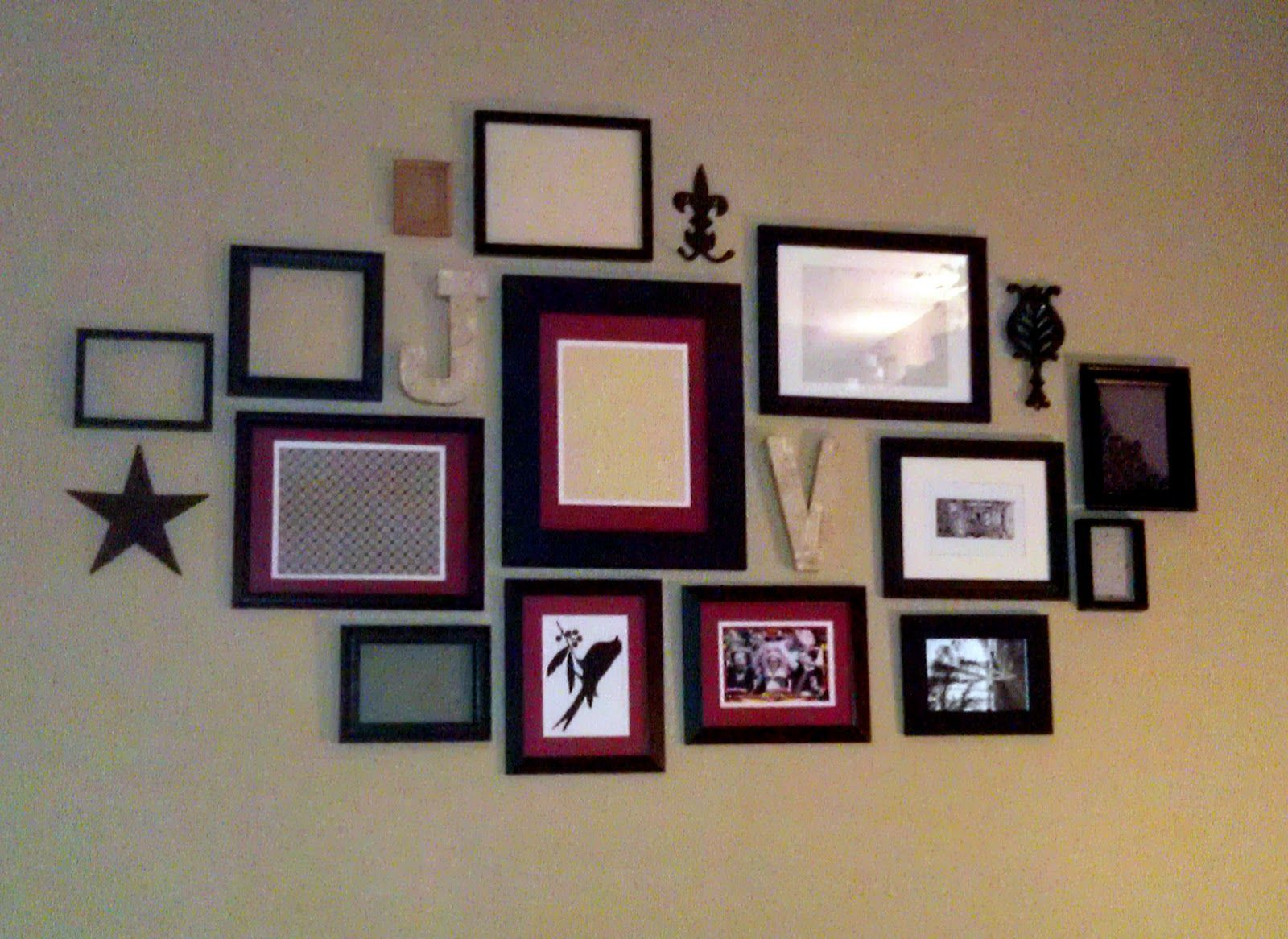 picture wall arrangement | Collage Wall | Home | Pinterest ...