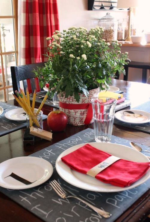 A Place To Talk About Houses Entertaining Travel And Design Chalkboard Placemats School Tables School Centerpieces