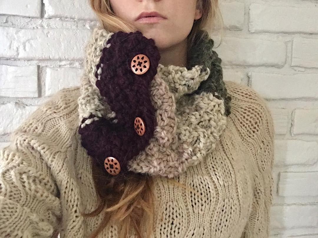 Fabulosos y libres patrones de bufanda de ganchillo para 2019  bufanda  tejida  bufanda tejida para hombre  bufanda tejida en telar  bufandas   puntodecruz ... 7a3a6d26e1b