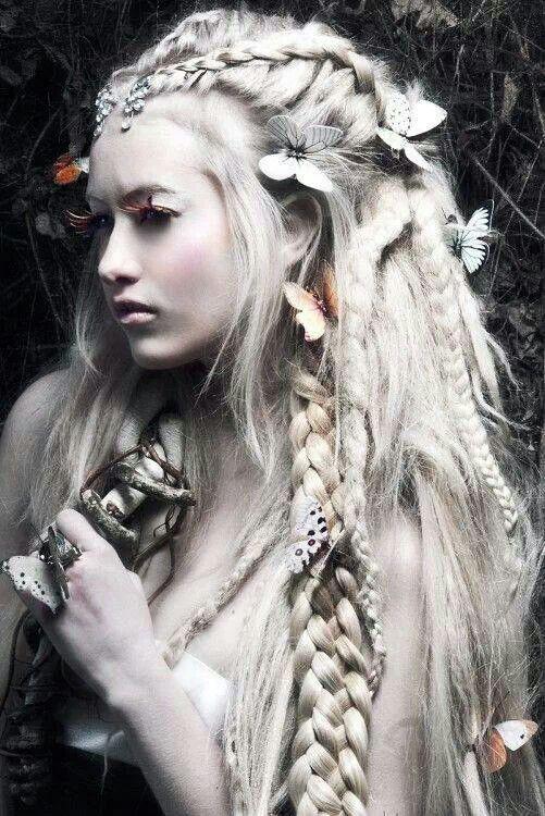 Pin By Bella Fenoglio On Pose Ideas Fairy Hair Hair Styles White Dreads