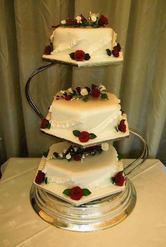 cake stand jh Hexagon wedding cake | Red and cream 3 tier hexagonal ...