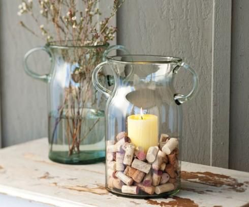 Image from http://www.thebeautifulengland.com/wp-content/uploads/2012/11/Crafts-and-projects-with-wine-cork.jpg.