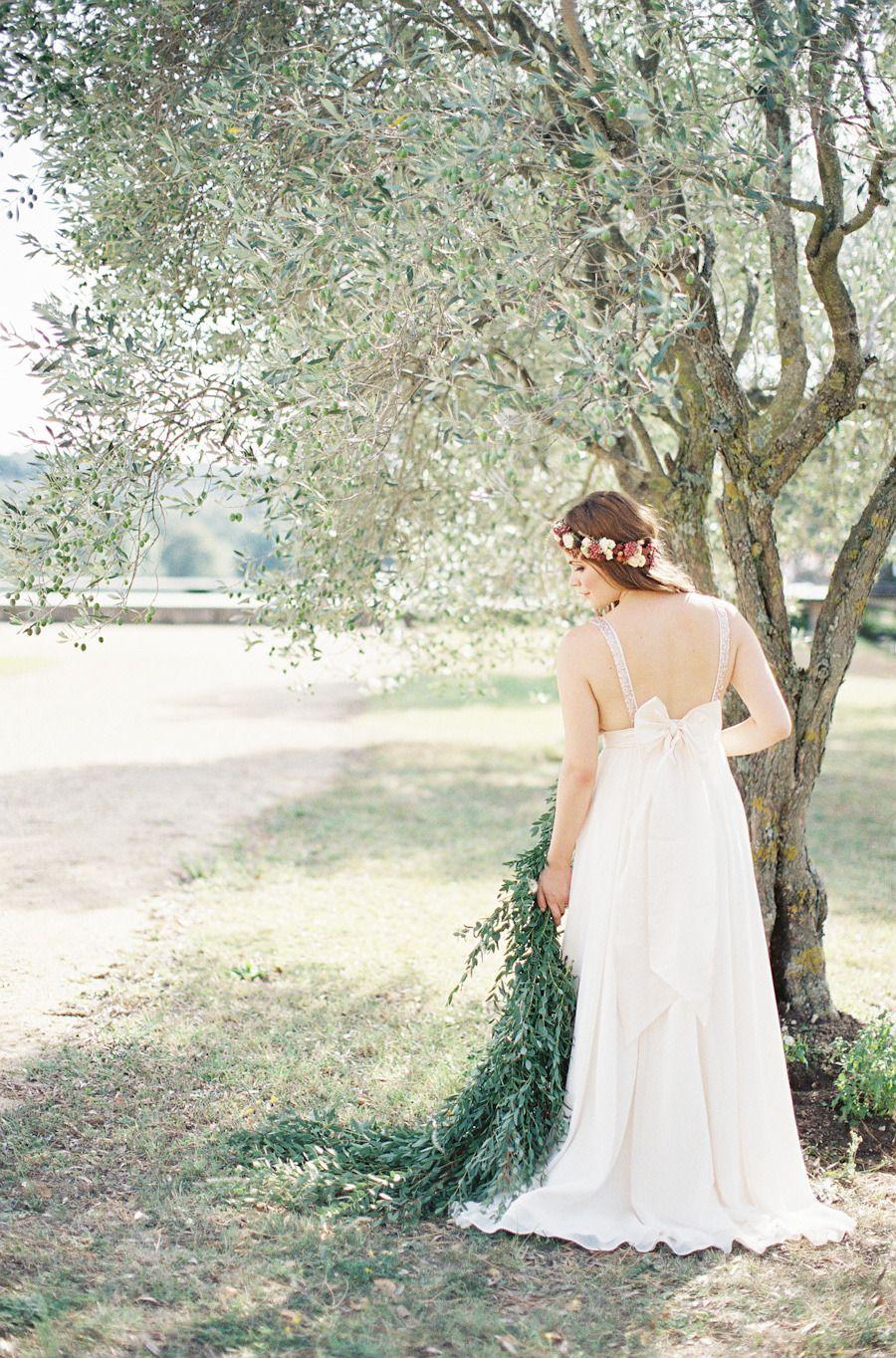 Destination Wedding Dress | Photography: Cat Hepple - www.cathepplephotography.com/ Read More: http://www.stylemepretty.com/little-black-book-blog/2014/12/18/romantic-provencal-fig-berry-wedding-inspiration/