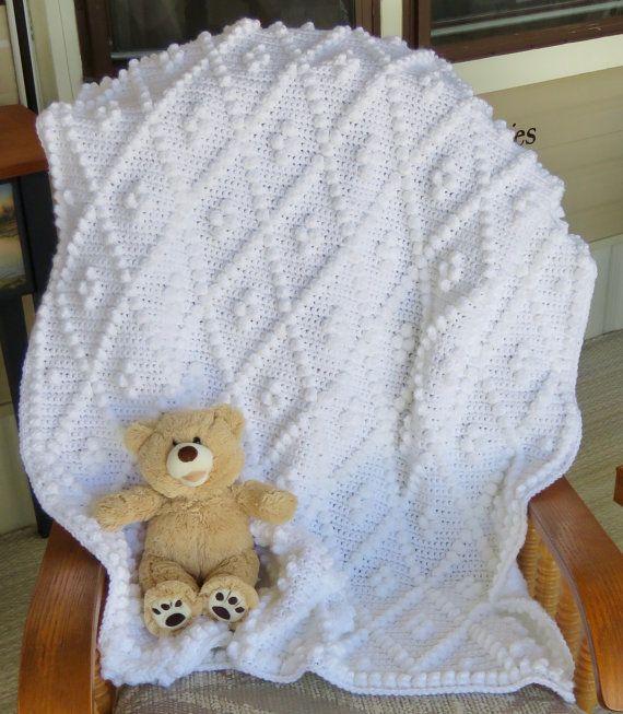 Diamonds and Bobbles Crochet Baby Blanket Pattern Baby   bebe ...