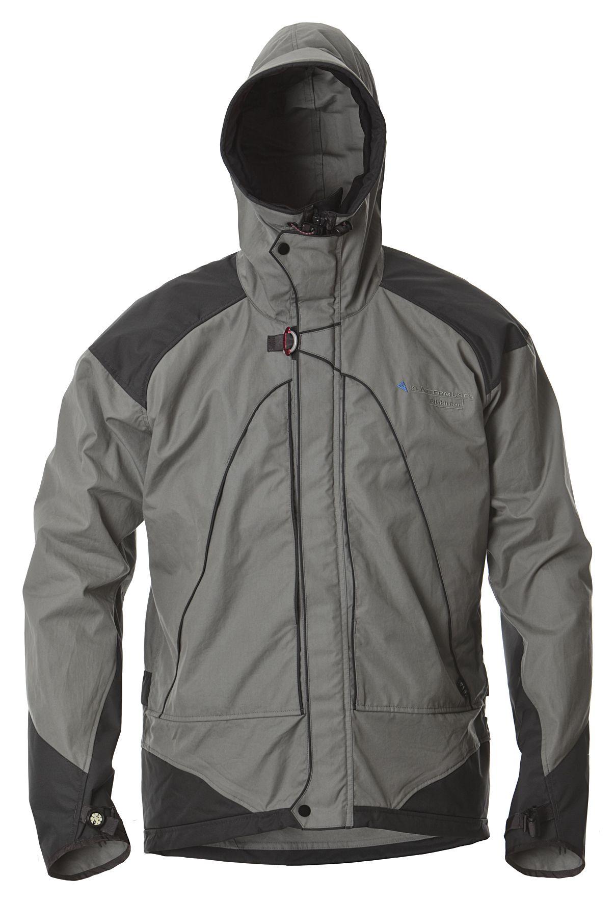 BILSKIRNER jacket(ビルスキルナー ジャケット) オーガニックコットン100%のエタプルーフ®を採用したジャケット。 MFR8と撥水・防風性、速乾性と透湿性に大変優れていますので、高温多湿な気候や身体を動かすアウトドアアクティビティー下においてはベストパフォーマンスを発揮してくれます。フードにはクレッタルムーセンindVisor™を採用し、より厳しい環境に対応できる機能をもちます。 負担のかかりやすい肩と肘部分と腰両サイドには、ポリエステル生地で補強。スリーブエンドには片手でも調整可能なストラップ・アジャスターを装備。 裾は背面が長めにカットされており、 片手でも調整可能なストレッチドローコード・アジャスターを装備。 ホイッスル、コンパス、Recco®(雪崩救助システム)、スキーパスポケット、リフレクターを装備。  チェストポケット内に防水ポケット。 防水性を高めるために縫製部分には内側からシームテープ処理. ISPO OUTDOOR AWARD 2010 受賞。
