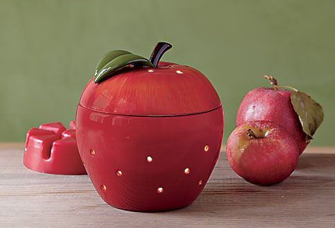 ScentGlow Warmer, Apple-licious  = great gift for teachers!