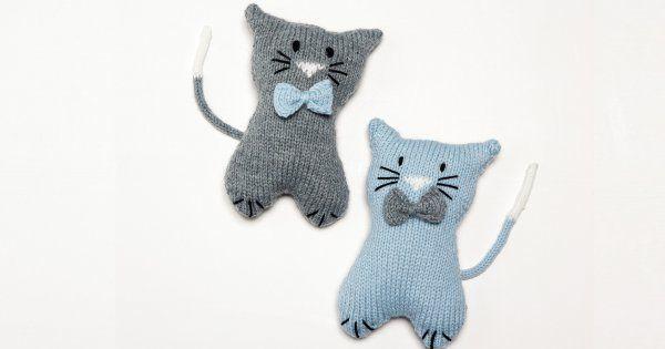 Suivez toutes les explications de ce patron gratuit pour tricoter un doudou  chat. d25185b5d29