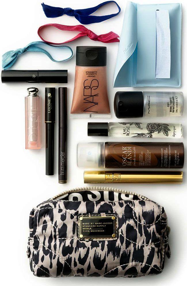 Laura Mercier Caviar Stick Eye Colour Smoke Makeup bag