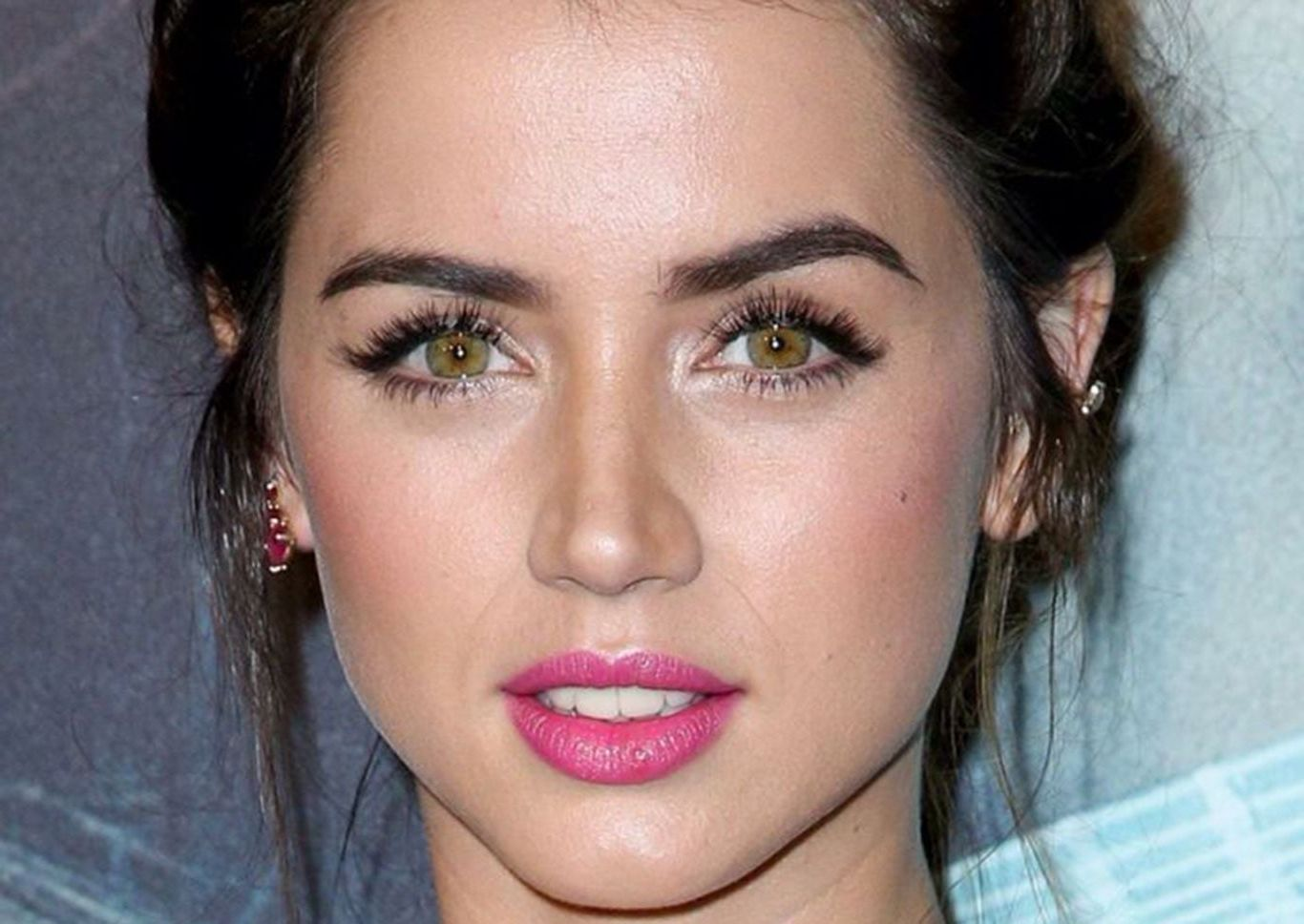27 Ana De Armas Hd High Quality Wallpapers Download Ana Face Pretty Face