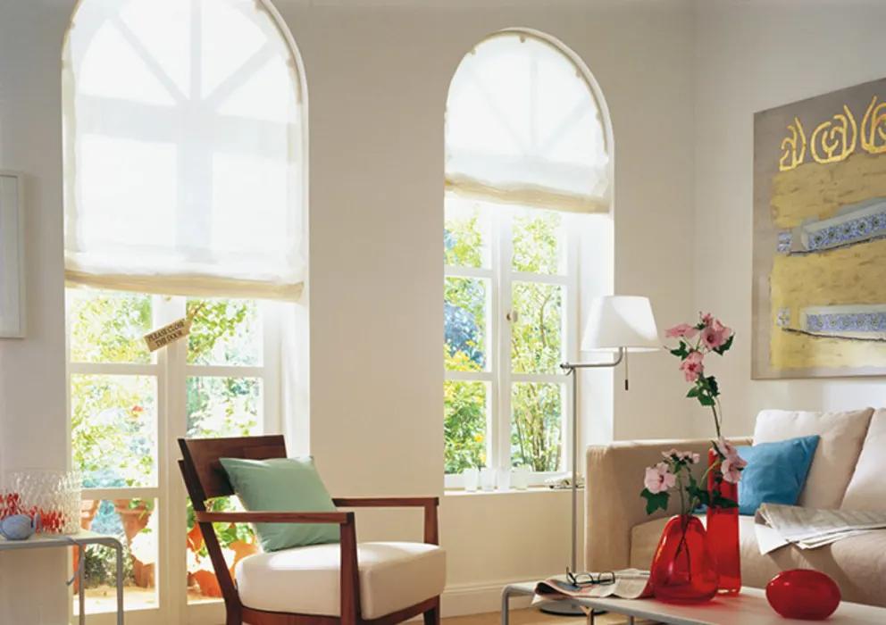 Le migliori idee per integrare al meglio le finestre ad arco nell'. Raffrollo Mhz Rr10r Creatives Wohnen Fenster Turrollos Und Jalousien Kunststoff Weiss Homify Raffrollo Fensterdekoration Plissee Vorhange