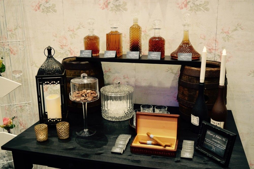 Whisky Bar - Zigarren Bar - Gentleman Bar #Mr & Mrs Die Hochzeitsplaner #Hochzeitsplaner Hannover #Whisky Bar Hannover