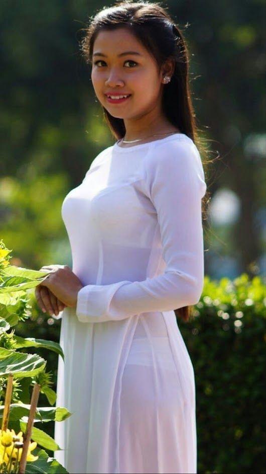 hot girl에 있는 Phuot님의 핀 | Pinterest | 볼륨 몸매 및 모델