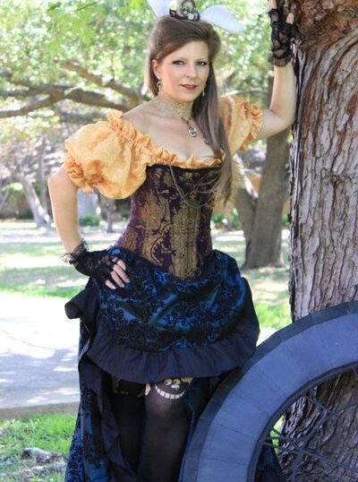 Purple and Gold Corset, Renaissance, Steampunk, Victorian, Pirate, Costume, Cosplay, Halloween by SilverLeafCostumes on Etsy https://www.etsy.com/listing/249970558/purple-and-gold-corset-renaissance