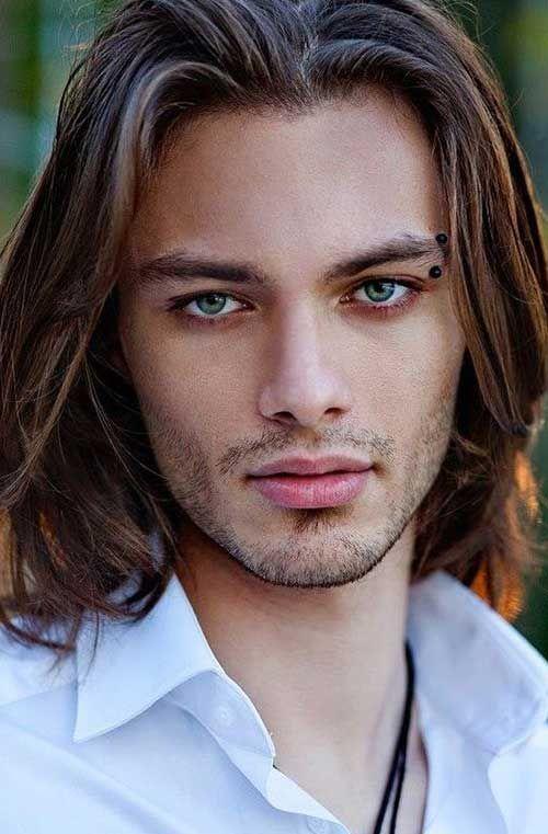 30 bester Typ mit langen Haaren #bester #haaren #langen ...