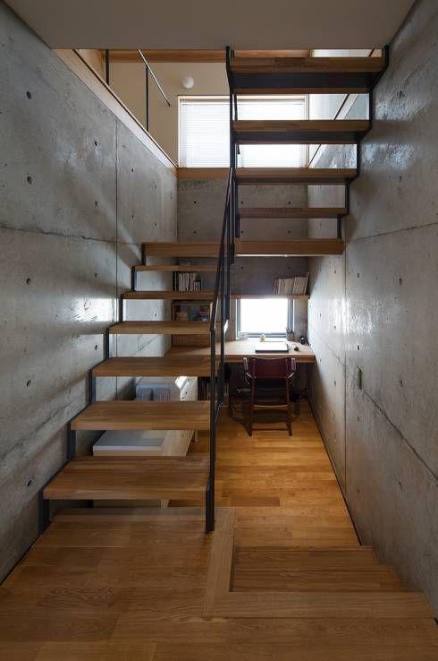 家のどこに作る 書斎レイアウトのまとめ 階段の設計 家のインテリアデザイン 自宅で
