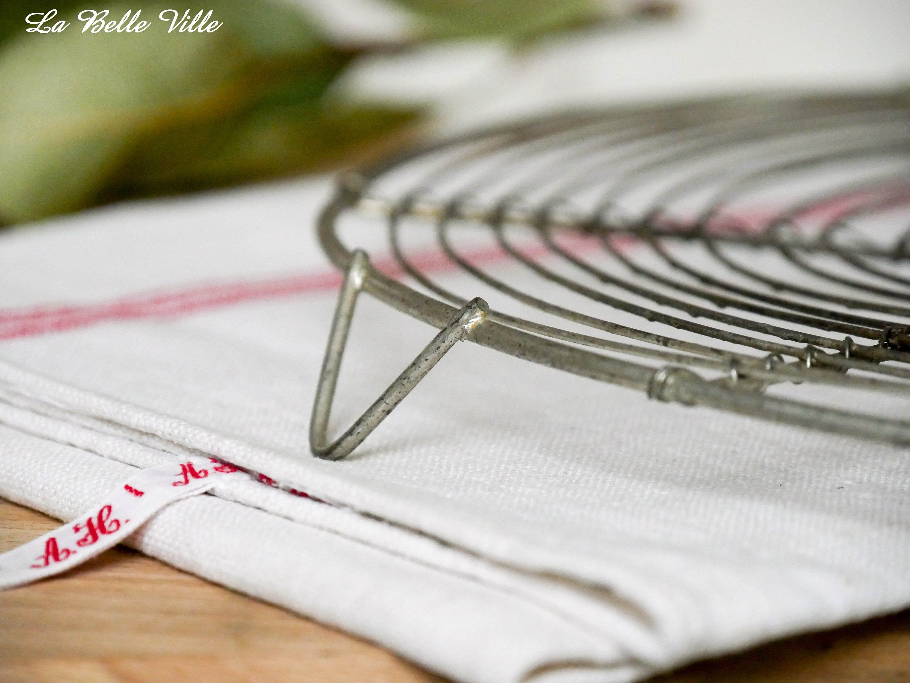 Vintage French Cooling Rack Wire Cooling Rack Iron Wire Cake