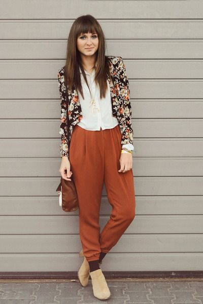 Floral blazer + brown pants + natural boots via www.chictopia.com I have a pair of pants just like those!
