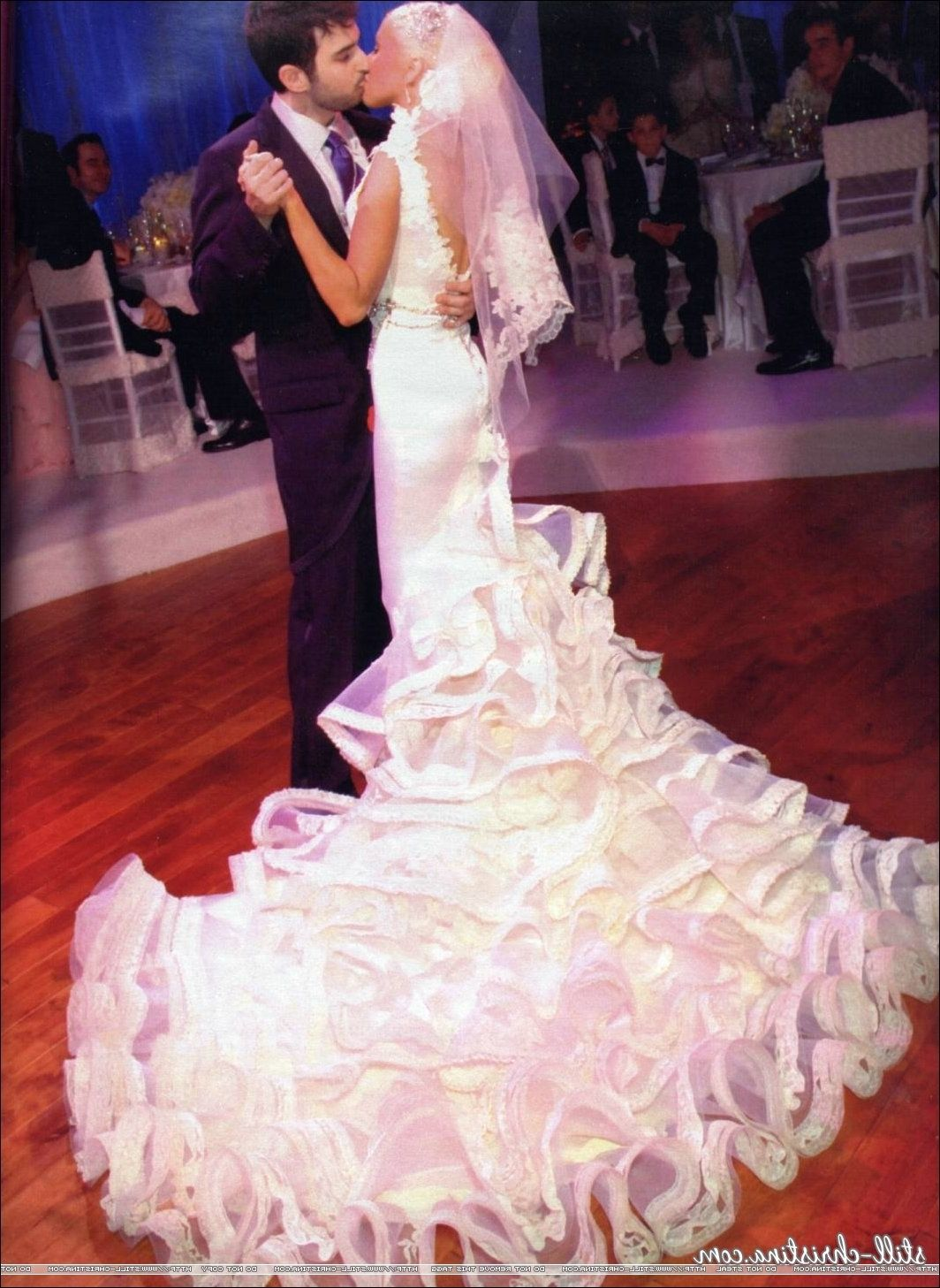 Christina aguilera wedding dress pictures