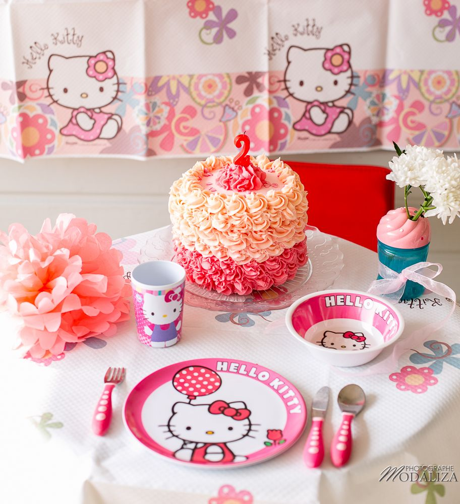 Photo Girl Baby Cake Smash Happy Birthday 2 Year Old Anniversaire B B 2 Ans Petite Fille Hello