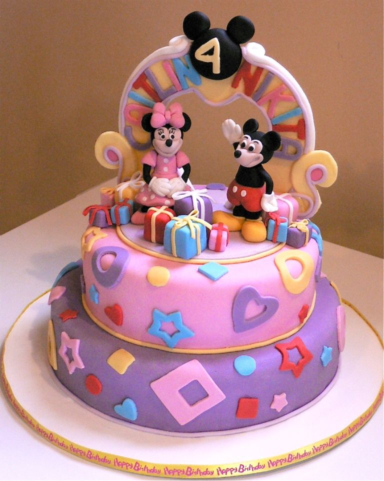 Mickey Minnie Mouse Birthday Cake so cute for a small child