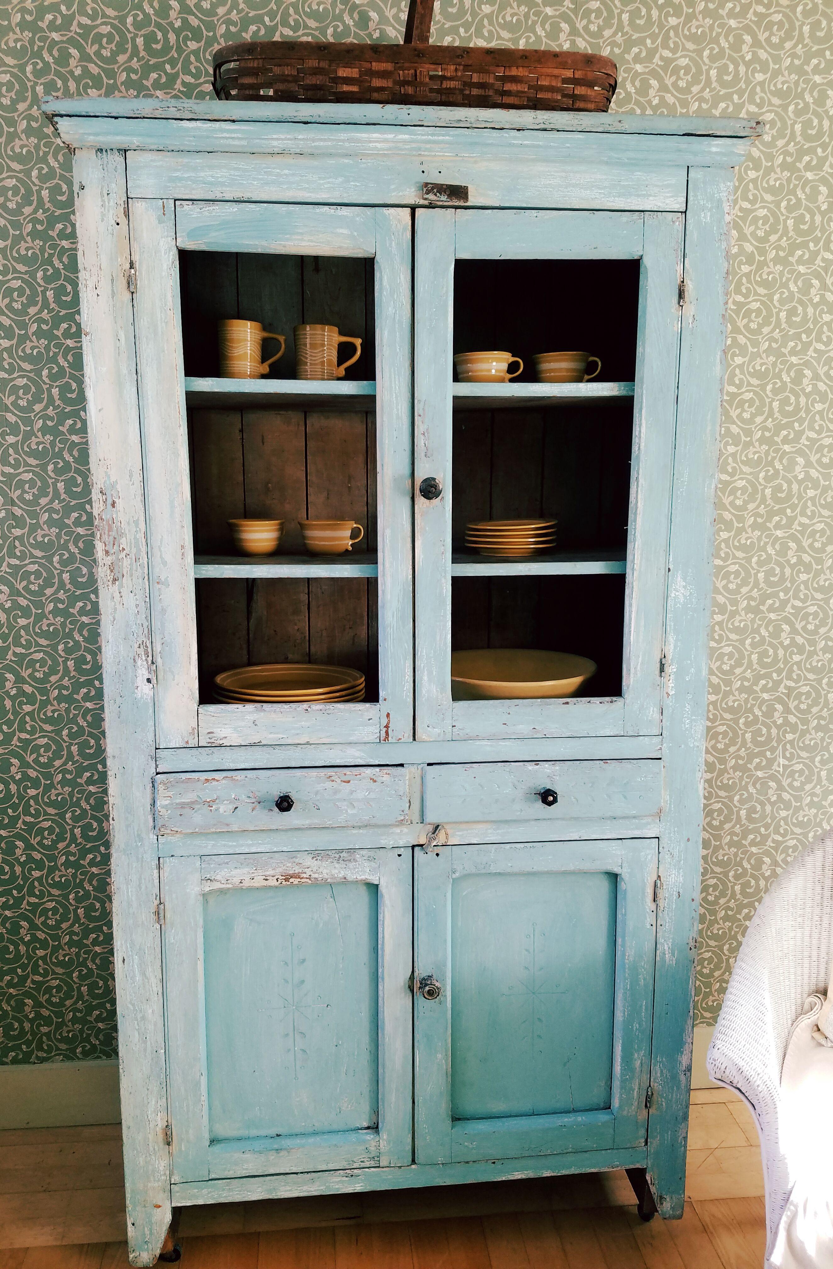 Olde painted cupboard entryway fifteen mile river primitives