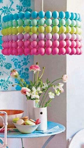 Lampara hecha con esferas de tergopol reciclaje y - Decoracion con reciclaje ...