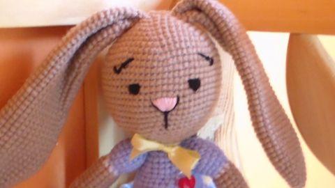 Amigurumi Nyuszik : Nyuszi lány amigurumi játék baba játék játékfigura horgolt