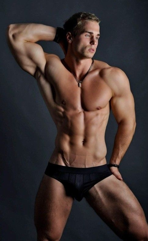 Sexy toned men