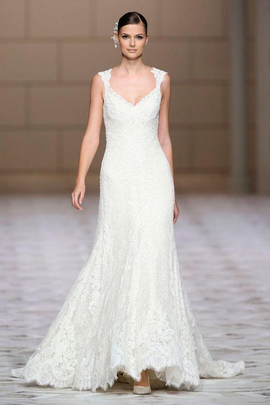 Una novia, un vestido | Trompetas, Siluetas y Mujeres curvilíneas