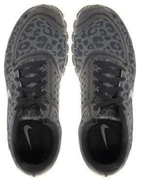 new arrivals 4340a c21cb Las amo y son tan comodas - Nike Free Running 5.0 V4 Gray Leopard  Performance Sneakers