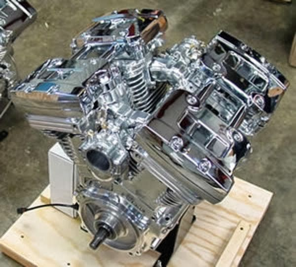 V Twin Quad Engine: V-Quad 4 Cylinder Motorcycle Engine 214ci. Harley Based
