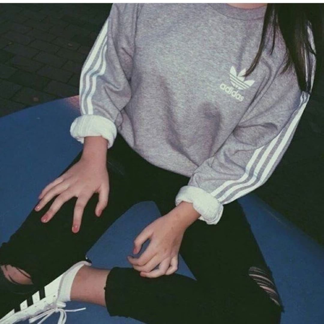 Adidas Adidas Outfitoftheday Outfitinspo Outfit Hoodie Grey Cute Vibes Aesthetic Aesthetictumblr Feed Adidas Pulli Damen Adidas Pulli Pullis Damen [ 1080 x 1080 Pixel ]