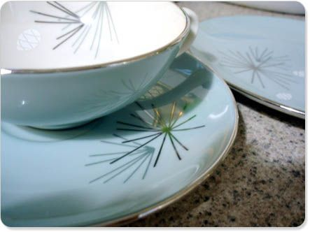 I would gladly trade my gazillion place settings of Desert Rose for 8 place settings of this plus a set of flatware to be named later. & Franciscan Silver Pine. I would gladly trade my gazillion place ...