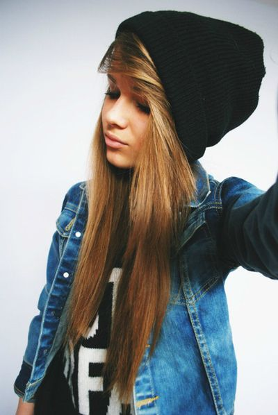 How to wear a beanie for long hair...and I must say I am IN LOVE with her  hair 058b93505e3