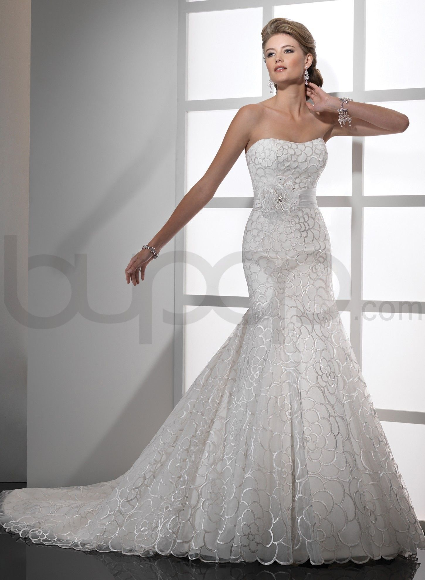 Dipped wedding dress  Intricate Embroidery Tulle Aline Strapless Dipped Neckline Fit and